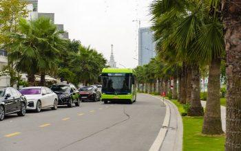 Xe buýt điện thông minh VinBus chính thức lăn bánh tại Việt Nam